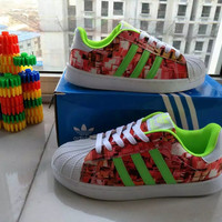 """Adidas"" Fashion Casual Multicolor Print Unisex Sneakers Shell Head Plate Shoes Couple Running Shoes"
