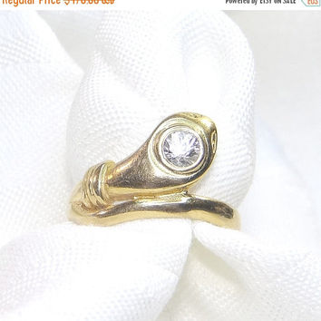 Sale - Valentines Day Vintage 18K Snake Ring with White Stone Top