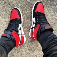 Nike Air Jordan Retro 1 Fashion Couple High Top Contrast Sneakers Sports Shoes White&Black&Red