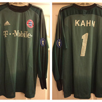 Sale!! Vintage and Hard to find Adidas Bayern Munchen Goalie Soccer Jersey #1 Oliver Khan Munich Football shirt Size Large Free US Shipping