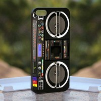 Boombox Ghetto Blaster, Print on Hard Cover iPhone 4/4S Black Case