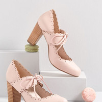 Get Your Frill Oxford Heel