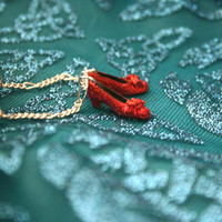 Dorothy Red Glitter shoes necklace by lepetitebonbon on Etsy