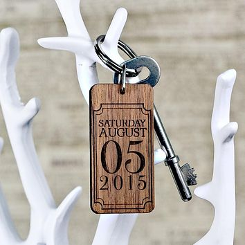 Cute Keychains Custom Special Date Keyring - Rectangle Frame Design