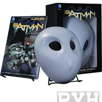 Batman Vol 01: The Court of Owls Trade Paperback Graphic Novel and Mask Set