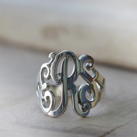 Monogrammed Ring in Sterling Silver