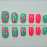 """Artificial Nails - """"Starfish Splash"""" - Mint & Coral, Hand Painted, Glue-on Fake Nails"""