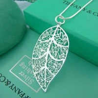 Exquisite Argent Leaf Necklace