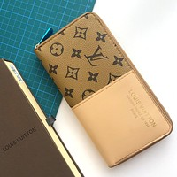 LV 2020 new women's personality zipper wild long wallet card holder bag