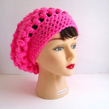 Crochet women's hat, slouchy hat is made in pink, beanie hat, slouchy beanie, ready to ship