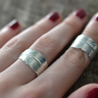 Feather Ring, Feather Knuckle Ring, Adjustable Feather Ring, Silver Brass Feather Ring