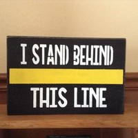 911 Dispatcher Gift, Thin Yellow Line Wood Sign, Thin Gold Line, Dispatcher Family Gift, Dispatcher Supporter, Gifts For Dispatchers
