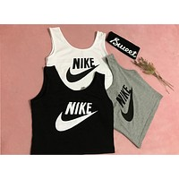 NIKE 2018 summer new sports and leisure exposed umbilical short vest