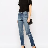 Cheap Monday Donna Slim Boyfriend Jeans With Distressing