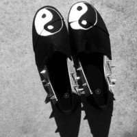 Grunge YIN YANG spiked black and white striped Canvas shoes