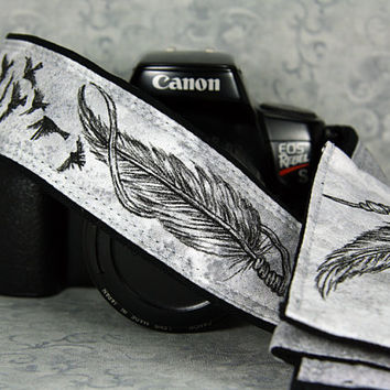 Camera Strap with pocket, Dream Catcher, One of a Kind, Feathers, Birds taking flight, Hand Painted, dSLR or SLR, Custom, Pocket 14-13 w