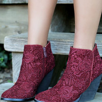 SZ 6 Very Volatile Ophelia Wine Wedge Booties With Crochet Overlay