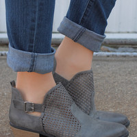 Fearless Traveler Bootie - Grey