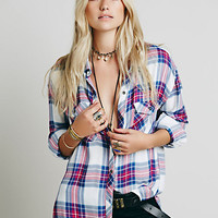 Draped In Plaid ShirtSTYLE: 32779795