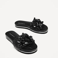 SLIDES WITH BEADS DETAILS