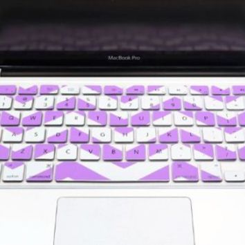"TopCase Chevron Zig-Zag Silicone Keyboard Cover Skin for Macbook 13"" Unibody / Macbook Pro 13"" 15"" 17"" with or Without Retina Display / Wireless Keyboard + Topcase Mouse Pad (LIGHT PURPLE)"