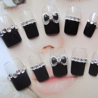 Simple kawaii gyaru nails for simple life. More styles available.
