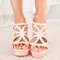 Dancing in Spring Wedges in Pink