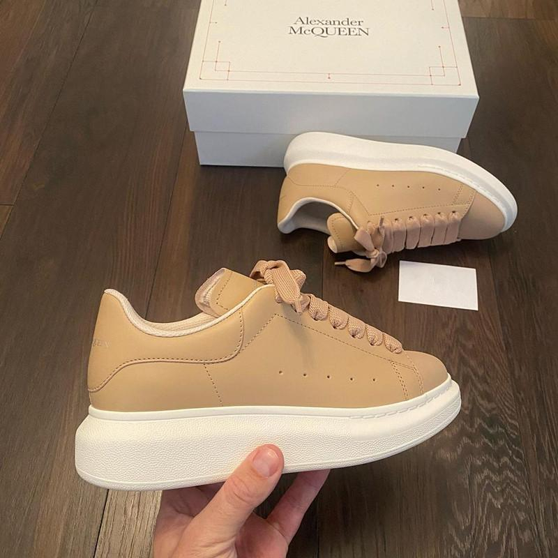 Image of Alexander McQueen Casual shoes