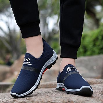 Mesh Shoes Lightweight Sneakers Fashion Casual Walking Shoes Breathable Slip On Loafers
