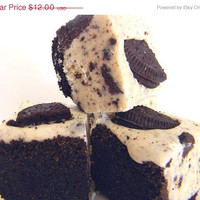 THANKSGIVING SALE Julie's Fudge - COOKIES & Cream Pie w/Oreo Crust - Ode to the Oreo - 6 Pieces (Over 1/2 Pound)
