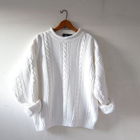 vintage white sweater. oversized pullover. cable knit sweater. crewneck sweater. preppy minimalist.