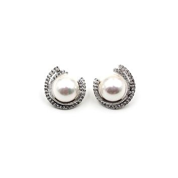 fashion round pearl crystal earrings