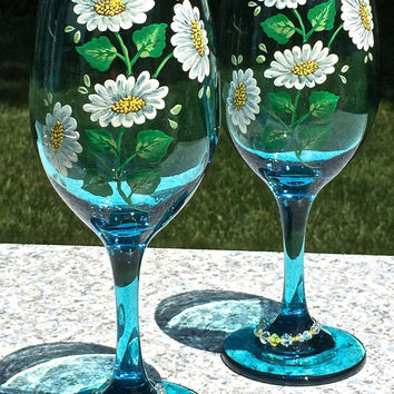 Hand Painted Teal Wine Glasses With Daisies and Beaded Wine Glass Charms, Birthday Gift, Wedding Gift, Anniversary Gift, Entertaining