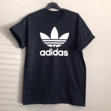 Old school adidas top t-shirt hiphop swag indie trash ibiza festival