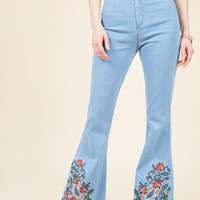 Floral I Know Flared Jeans