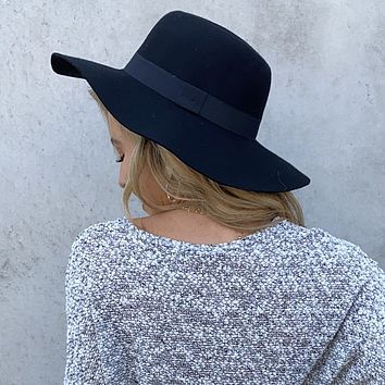 Seasons Are Changing Black Floppy Hat