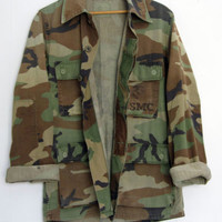 Vintage US Military Woodland Camouflage Camo Hunting Faded Jacket Shirt Small