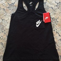 Nike Signal Women Exercise Gym Top Tank