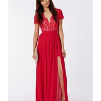 Missguided - Ralona Red Lace Maxi Dress With Double Split