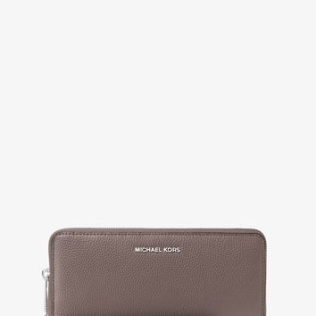 Mercer Leather Continental Wristlet | Michael Kors