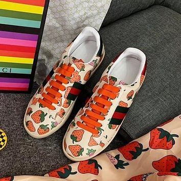 Gucci strawberry print slippers