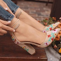 Hot Selling Large Size of Women's Foreign Trade in Point Embroidery, Grinded Coarse-heeled Sandals