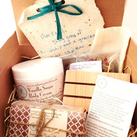 Vanilla Gift Box - Spa Gift - Lavender Basket  - Hello Beautiful