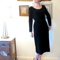 Mid Century Fitted Black Velvet Party Dress. Size S.