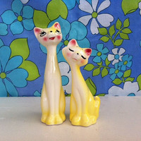 Kitsch kitty cat figurine pair!! Retro, ceramic, Japan, yellow, salt and pepper kitties! Slinky, long-neck, cat lovers! MeOw