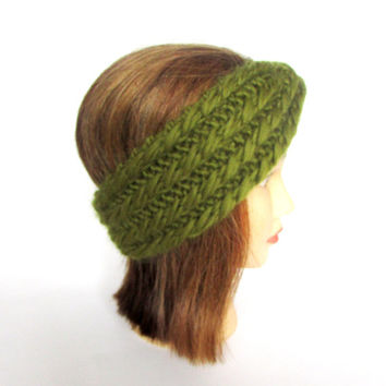 Olive green hand knit headband witha twist - Irish chunky knit pure wool hair accessory - spring gift idea - birthday gift women teenager
