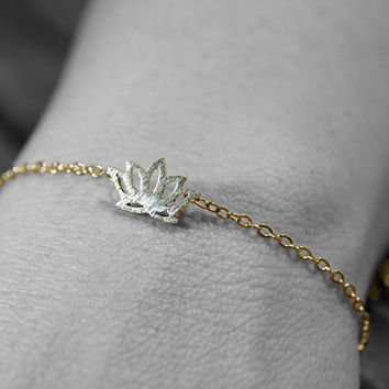 Gold or silver plated stainless steel lotus flower bracelet