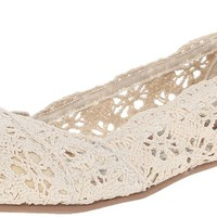CL by Chinese Laundry Women's Genuine Flat