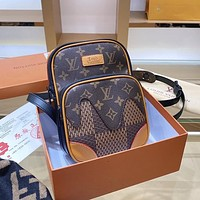 Louis Vuitton LV camera bag stylish and beautiful shoulder bag