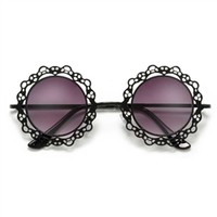 Metallic Retro Round Frame with Laced Pattern Cut-Outs